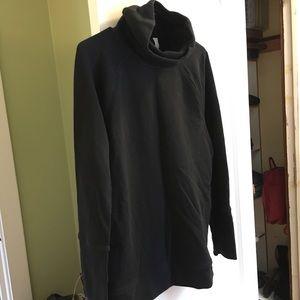 Lululemon Turtleneck Sweatshirt